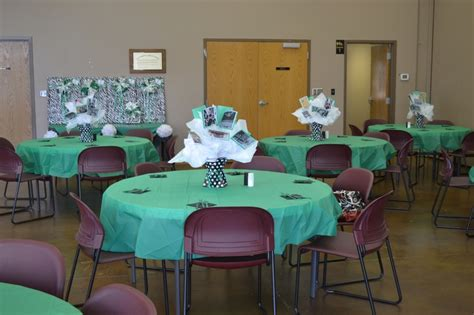 banquet centerpieces for tables banquet tables with centerpieces of pictures and gifts for