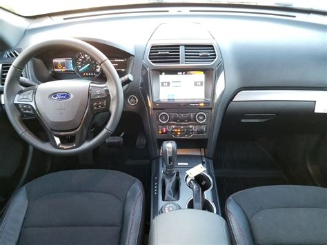 Ford Explorer Interior by New 2018 Ford Explorer Xlt 4 Door Sport Utility In