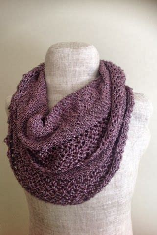 knitting a scarf with circular needles 25 best ideas about snood pattern on crochet