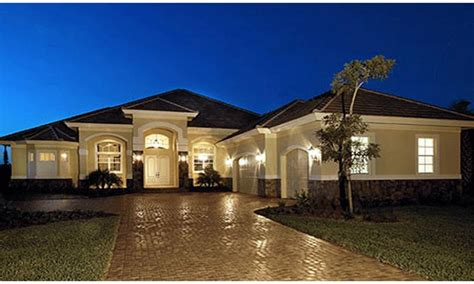 1 story luxury house plans small one story luxury homes luxury one story mediterranean house plans new one story house