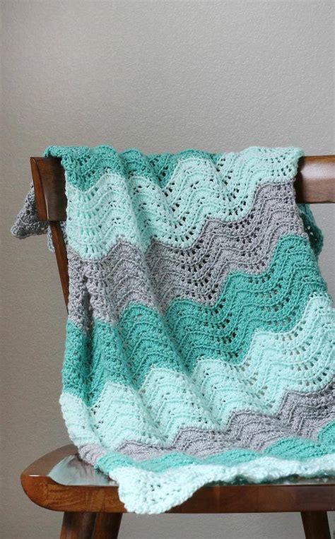 is crochet or knitting easier 17 easy crochet and knitting patterns for tip junkie