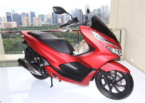 Pcx 2018 Lokal by 10 Fitur Honda Pcx Lokal 2018 Yang Bikin Motor Ini Banyak