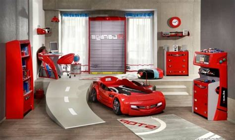 car bedroom decor le lit voiture pour la chambre de votre enfant archzine fr