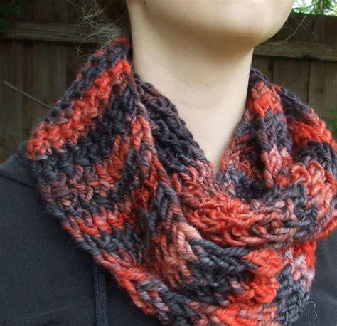 cowl loom knitting pattern fireside loom knit cowl allfreeknitting