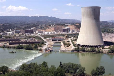 central de central nuclear de asc 243 1