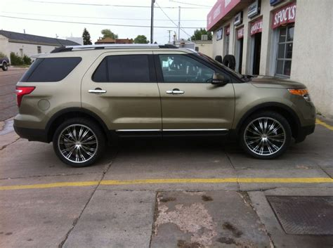 Ford Explorer Rims by 22 Inch Rims On A 2013 Ford Explorer Pic 2 Rims