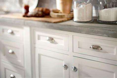 kitchen cabinet knob placement cabinet knob placement 801