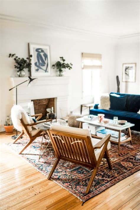 cozy chairs for living room best 25 navy ideas on living room ideas