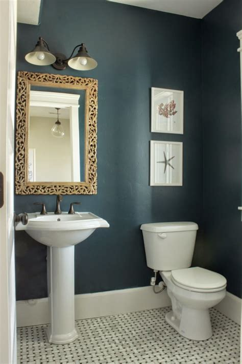 Ideas To Paint A Bathroom by 17 Best Ideas About Small Bathroom Paint On