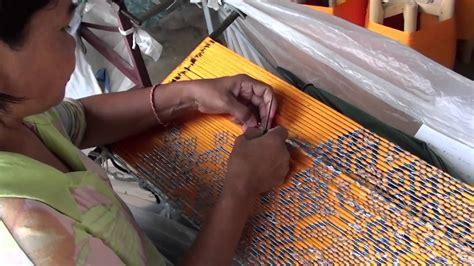 how to use thai thai ikat silk weaving 2