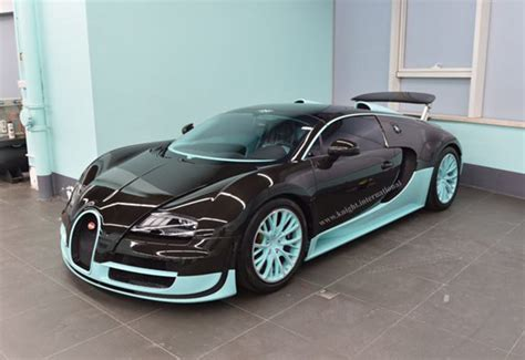 Bugati Veyron Price by Bugatti Veyron