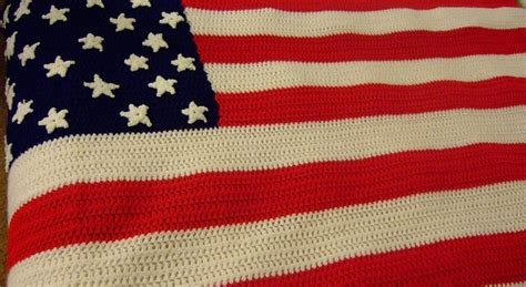 who knitted the american flag free pattern happy 4th of july crochet an american flag