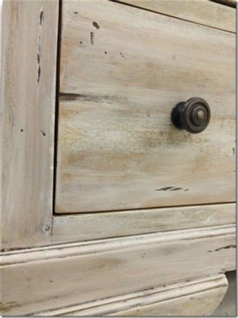 chalk paint lime wash white washed bedroom furniture thing