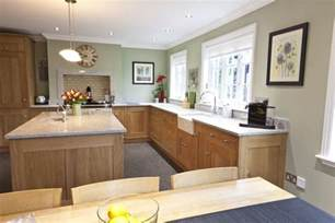 kitchen with light oak cabinets the best paint for light oak cabinets in kitchen with
