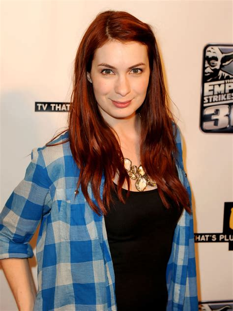 what is felicia day s hair color felicia day hair looks stylebistro