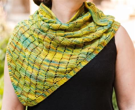 beginner lace scarf knitting pattern beginner knitting scarf patterns free crochet and knit