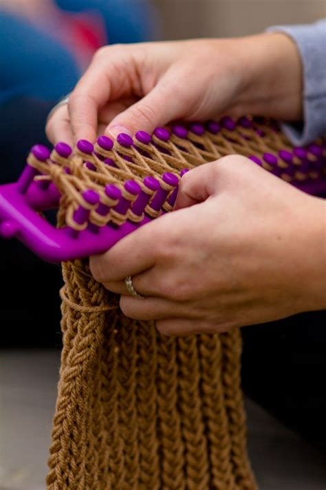loom knitting classes cowl scarf knits and knitting looms on