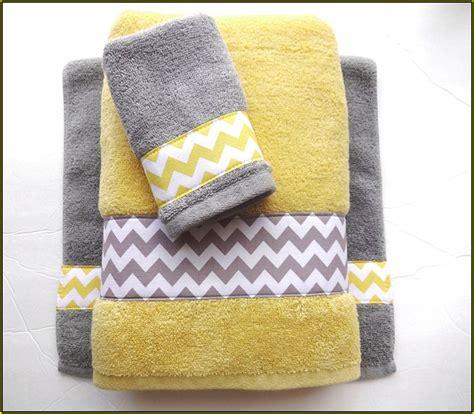 yellow bathroom rug sets yellow bath rug sets home design ideas