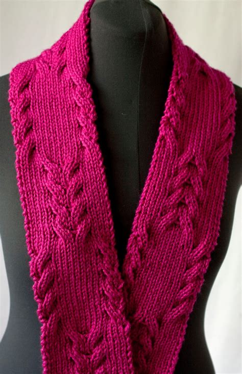 reversible cable scarf knitting pattern cascade yarns reversible cabled scarf 220