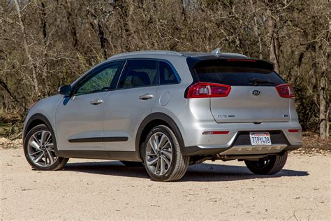 In Hybrid Cars 2017 by 2017 Kia Niro Hybrid Drive Review Hold The