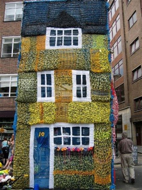 Yarnbombing And Knitted Houses Streetcolor