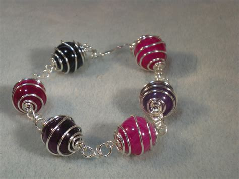 how to make a beaded bracelet with wire wirework bracelet tutorial how to make wire caged