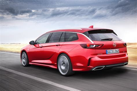 Insignia Opel by Opel Insignia Gsi Hits Showrooms Pricing Starts From
