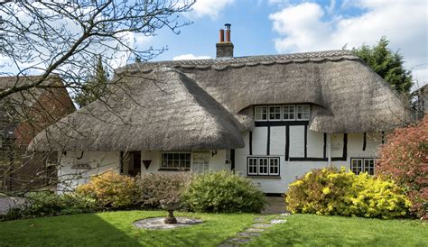 beautiful cottage 5 tips for furnishing a beautiful thatch cottage