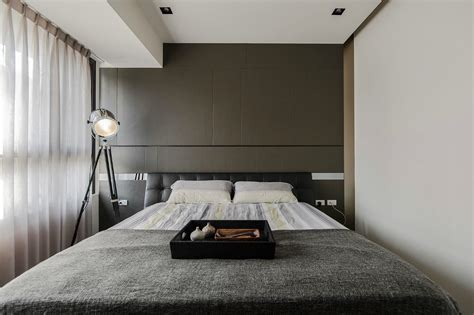 minimalist bedroom designs and wood make a masculine interior