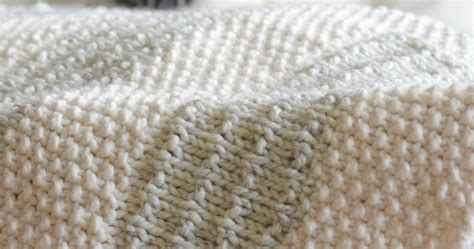 knit blanket pattern easy heirloom knit blanket pattern in a stitch