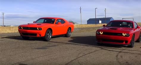Charger Hellcat Awd by Dodge Challenger Hellcat Vs Dodge Challenger Gt Awd Drag