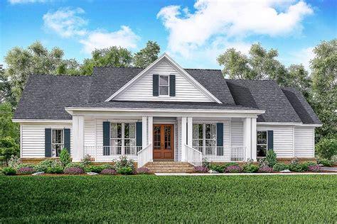 farm house designs classic 3 bed country farmhouse plan 51761hz architectural designs house plans