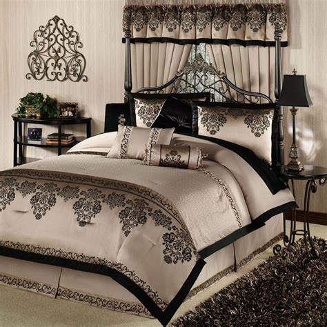 comforter sets for beds 1000 ideas about bed comforter sets on