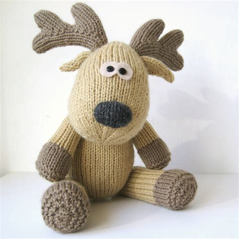 free knitting patterns of toys knitted toys that are for everyone