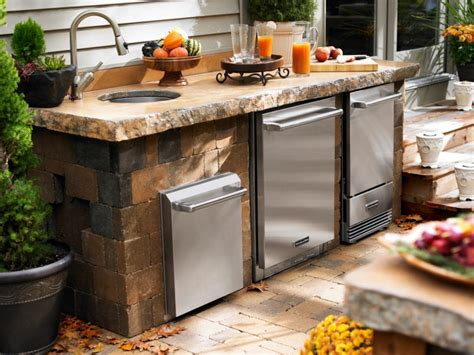 outdoor kitchen ideas for small spaces outdoor kitchen ideas diy