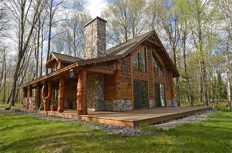2 bedroom log cabin river s edge vacation rental namakagon rental home 2 bedroom with loft