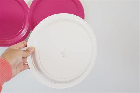 using paper plates diy backdrop using paper plates