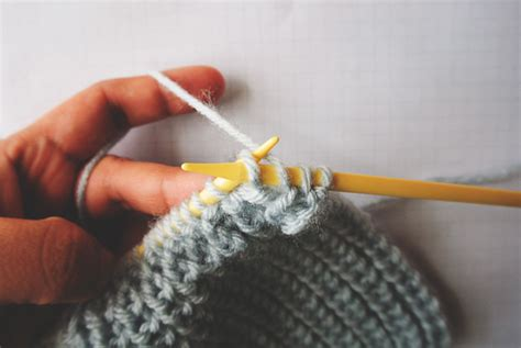 how to take out a row of knitting half brioche stitch knitting tutorial