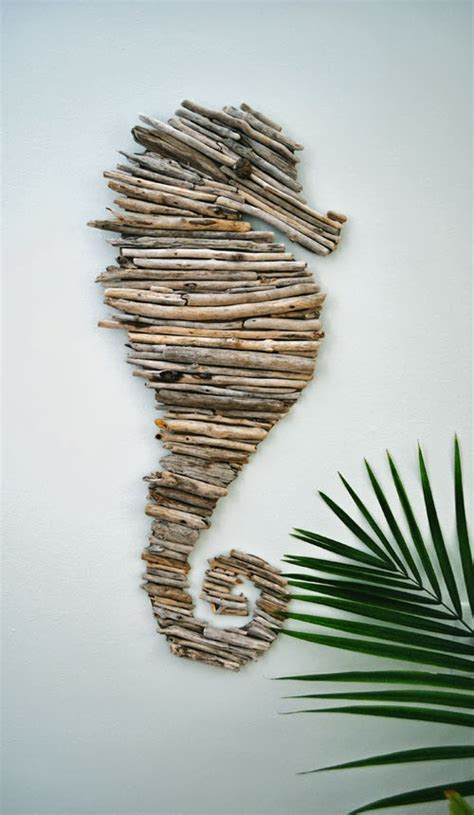 driftwood craft projects 15 beautiful and sensible driftwood crafts for a shabby