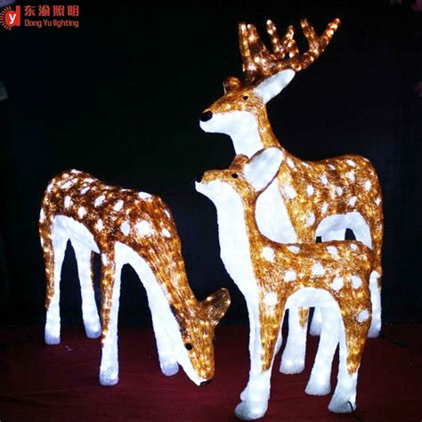 moving outdoor decorations outdoor moving reindeer decorations