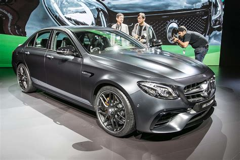 2018 E63s Amg by 2018 Mercedes Amg E63 E63s Unveiled Ahead Of L A Debut