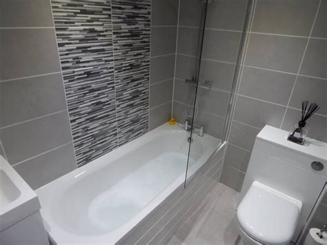 bathroom tile trends 2017 30 wonderful bathroom tiles trends 2017 eyagci