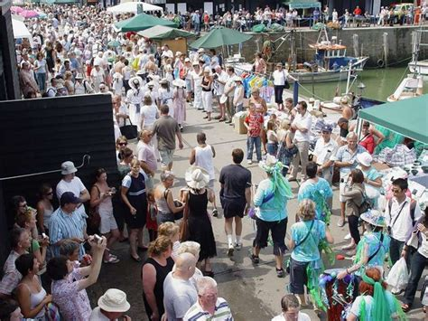 festival kent whitstable oyster festival photo picture image