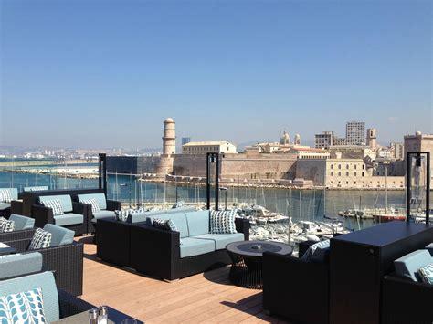 chuuut on craque pour la toute nouvelle terrasse du sofitel marseille vieux port chutmonsecret