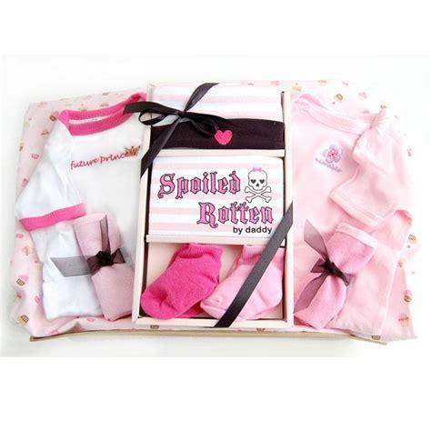 newborn baby gifts image gallery newborn baby gifts