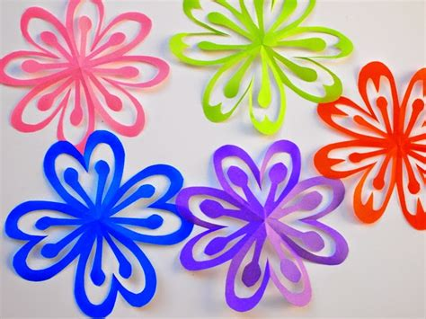 paper cutting flowers crafts how to make colorful kirigami flowers pink stripey socks