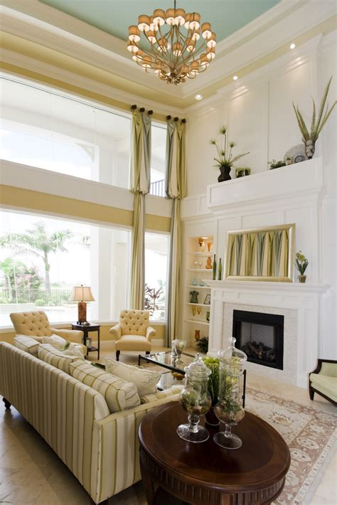 paint colors for living room with wood ceiling 54 living rooms with soaring 2 story cathedral ceilings