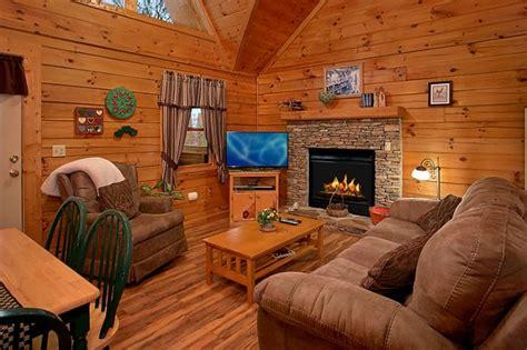 1 bedroom cabin rentals honeymoon getaway 1 bedroom smoky mountain cabin