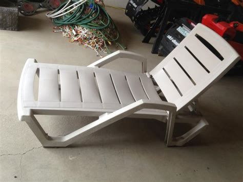 lay lawn chair furniture table styles
