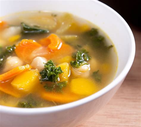 how to make garden vegetable soup basic vegetable soup recipe from scratch